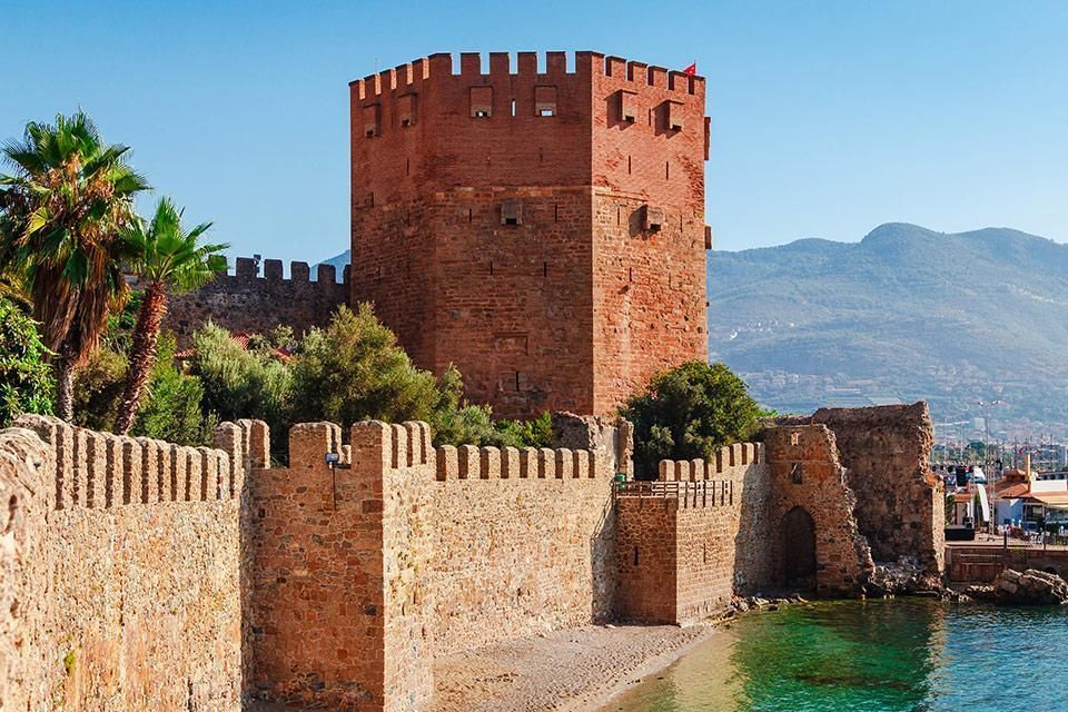 Red Tower i Alanya